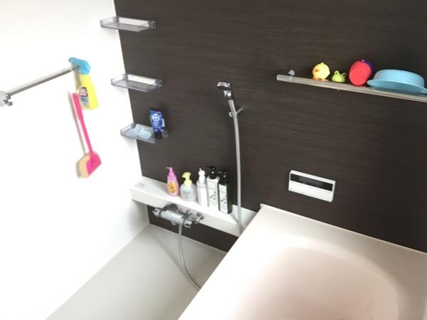 バスルームをスッキリさせるにはモノを厳選するといい