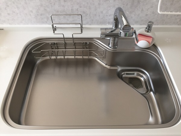 キッチン排水口のフタは必要ない