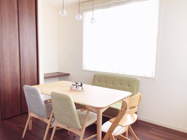 子育て家庭におすすめしたい食卓テーブルの置き方